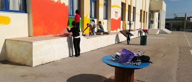 Οι γονείς μας βοηθούν και το σχολείο μας ομορφαίνει!